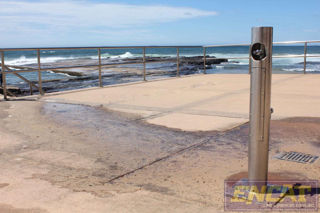 onshore ollie outdoor foot shower and bubbler designed and manufactured by ENCAT in Australia
