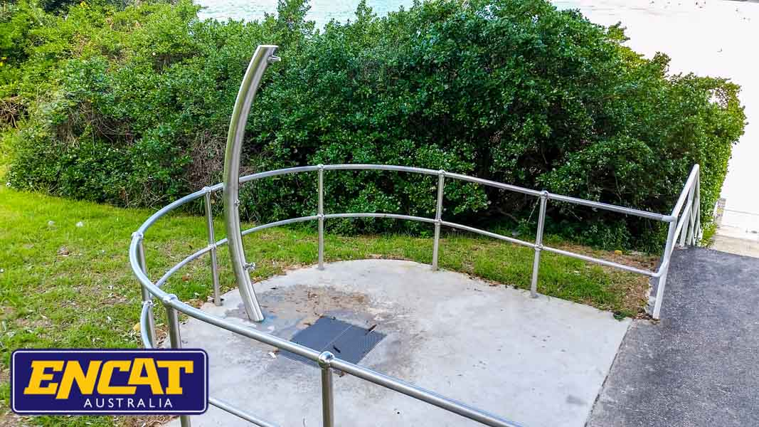 Pipeline-Pete-stainless-steel-outdoor-beach-shower-made-by-ENCAT-20150807_125950