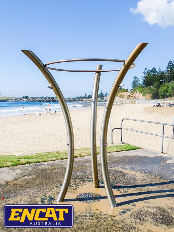 Pipeline-Pete-stainless-steel-outdoor-beach-shower-made-by-ENCAT-DSC05999