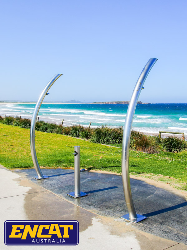 Pipeline-Pete-stainless-steel-outdoor-beach-shower-made-by-ENCAT-P1080219